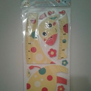 Cute Yellow Giraffe Growth Chart.